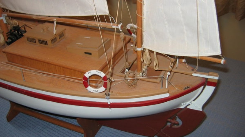 Mizzen sail used for salvage steering