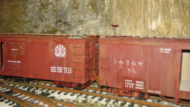 Phil's Narrow Gauge wooden box cars