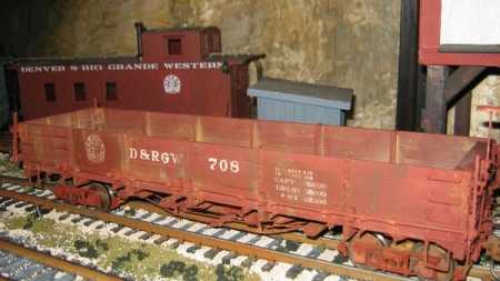 Phil's Narrow Gauge drop bottom gondola with AMS trucks and Kadee couplers